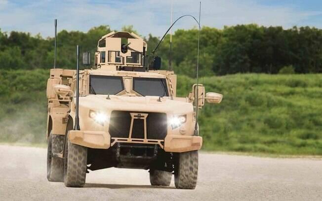 Oshkosh JLTV é bem mais moderno e eficiente que o Humvee que sai de cena nos Estados Unidos