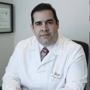 Paulo Porto de Melo trouxe a técnica da cirurgia neurológica robótica ao Brasil