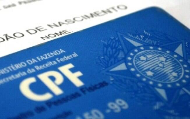 Cidadãos relataram problemas para inserir o CPF no cadastro ao auxílio emergencial do governo.