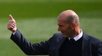 Cotado no United, Zidane pode voltar a comandar Cristiano Ronaldo