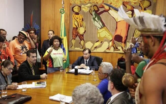 Maia se reuniu com lideranças indígenas nessa quarta-feira