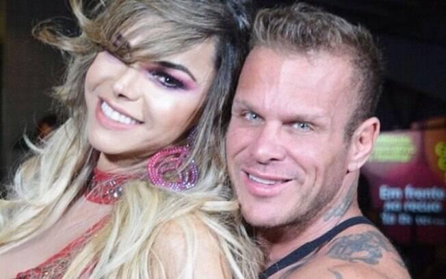Léo Áquilla e seu marido, o bodybuilder Chico Campadello