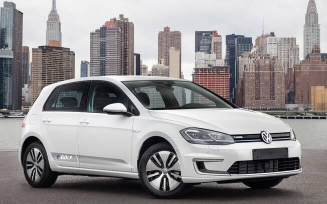 Volkswagen e-Golf: junto do GTE, será um dos poucos lançamentos no segmento de hatches médios nos próximos meses