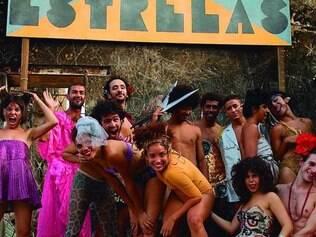 Tema.Longa retrata cotidiano de cia. teatral na Olinda da década de 70, inspirada em uma trupe real