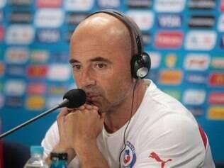 O técnico Jorge Sampaoli tem correndo nas veias o sangue argentino e a rivalidade com o Brasil no futebol