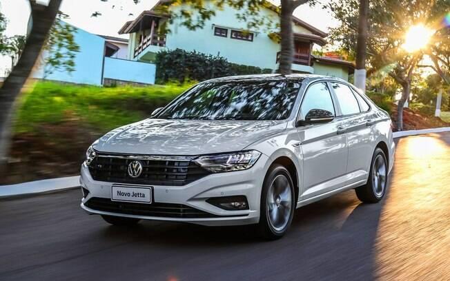 Pelo custo e financiamento, o VW Jetta básico dos EUA se torna carro de luxo no mercado brasileiro