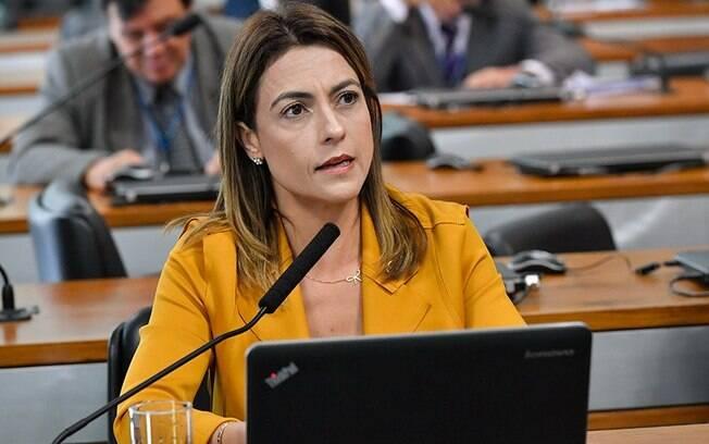 Senadora Soraya Thronicke (PSL-MS) é a relatora do projeto de lei que obriga pessoas presas a pagarem por suas despesas na cadeia