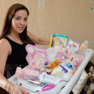 Manoela já está com enxoval de Bruna, que deve nascer em breve, pronto
