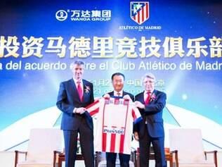 O acordo entre o clube e a companhia foi assinado em Pequim
