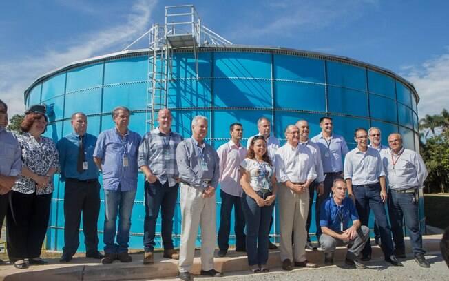 Alckmin inaugura reservatório da Sabesp em Itapecerica da Serra; ao centro, o presidente da Sabesp, Jerson Kelman