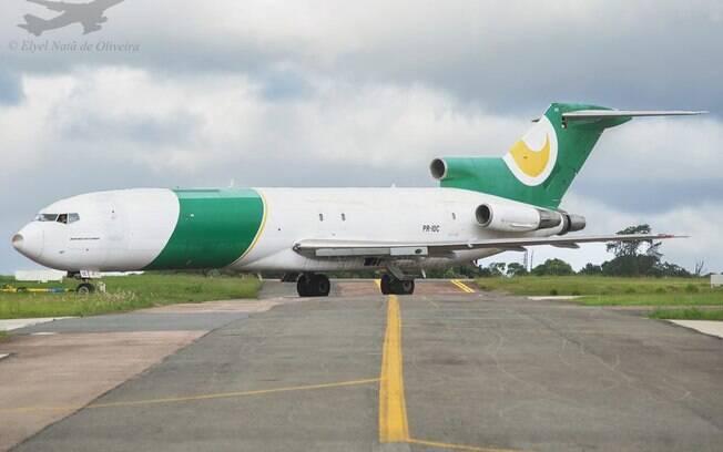 Primeiro Boeing 727 da Asas Linhas Aéreas realiza testes de motores em Curitiba