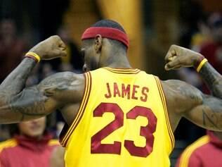 LeBron James está pronto para dar o tão esperado título da NBA ao povo de Cleveland
