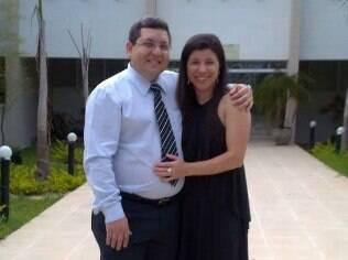 Aldiene e o noivo Hermenegildo, que é divorciado: sem problemas com a ex