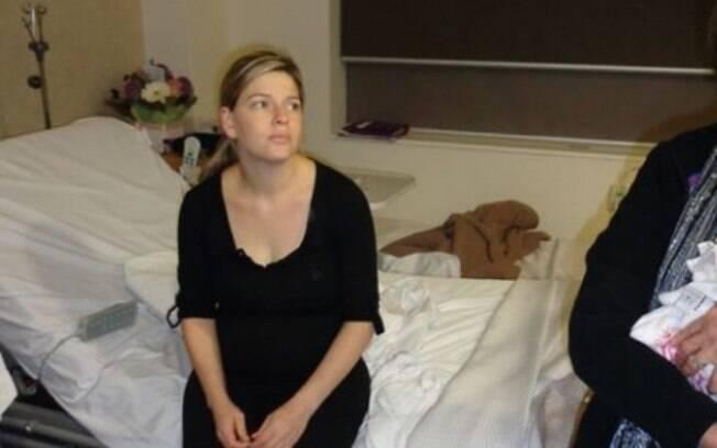 Junto ao desabafo, Katie publicou uma foto na qual aparece muito cansada