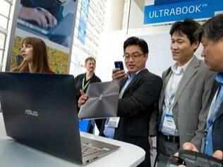 Ultrabook é uma categoria de notebooks finos, leves e com preços abaixo de US$ 1.000