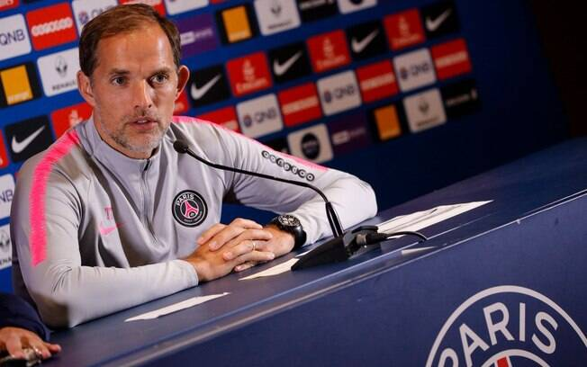 Thomas Tuchel, técnico do PSG, preferiu não dar um prazo para retorno de Neymar