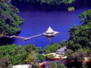 Hotéis na selva oferecem uma oportunidade de apreciar a natureza com segurança