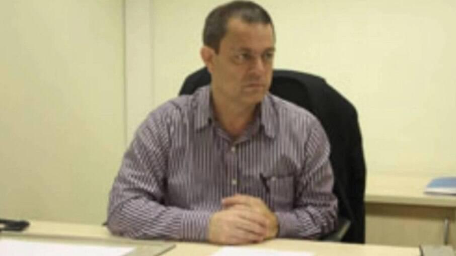 Luiz Antonio, presidente da AEMERJ, assina nota com críticas à PEC Emergencial