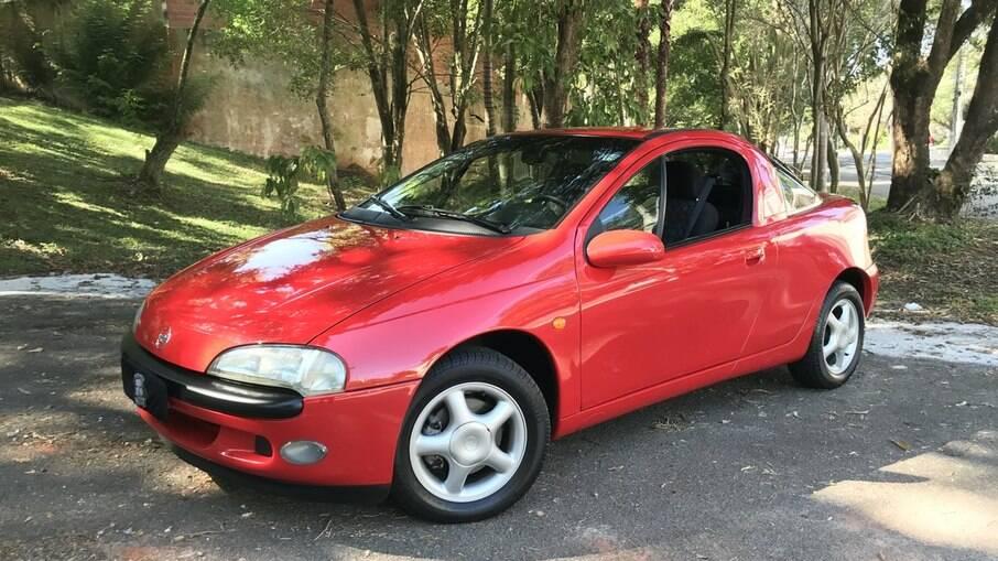 Chevrolet Tigra: pequeno cupê que rivalizou com o Ford Puma na Europa e que teve passagem relâmpago no Brasil