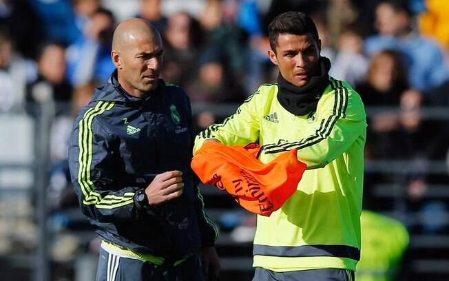 Para Zidane, Cristiano Ronaldo está próximo de ganhar a quinta Bola de Ouro da carreira