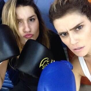 Deborah Secco e Sasha em treino de Muay Thai