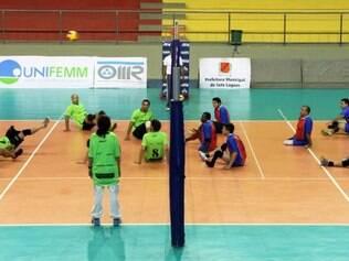 Atletas do vôlei sentado se inspiram em Sada Cruzeiro e sonham com vaga no Rio 2016