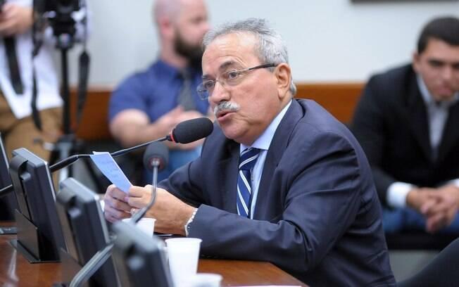 Deputado Átila Lira foi expulso do PSB por ter votado a favor da reforma da Previdência