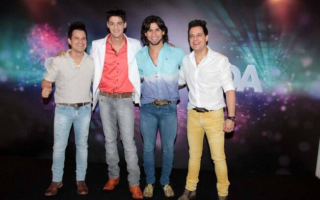 João Neto, Munhoz, Mariano e Frederico no Show da Virada 2013