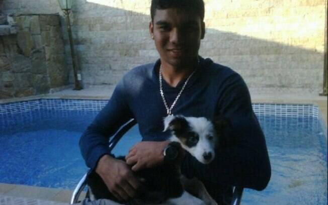 Casemiro, jogador de futebol do São Paulo,  tem uma cadela chamada Cristal
