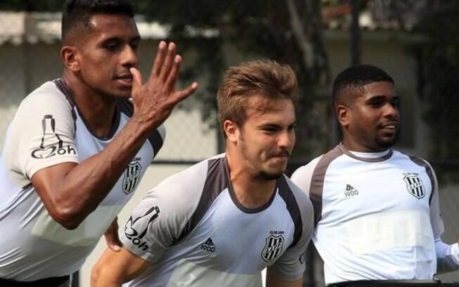 Ponte Preta encara o Botafogo no Rio neste domingo