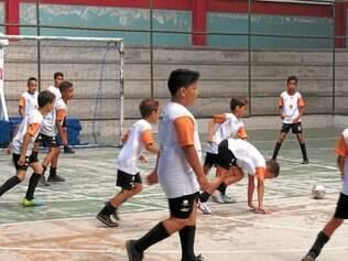 Futsal. Escolinha da modalidade fica no ginásio do Tropical
