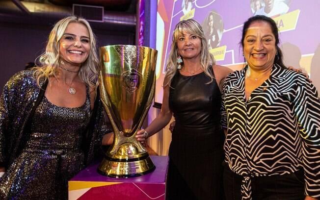 Corinthians vai concorrer a prêmio do futebol feminino