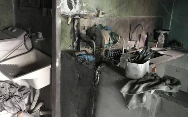 Curto circuito causa incêndio em casa de Vinhedo