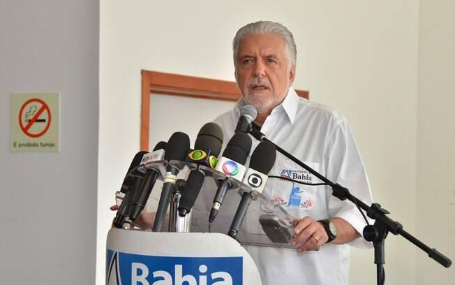 Governador Jacques Wagner, discursa antes da partida entre Bahia e Vitória