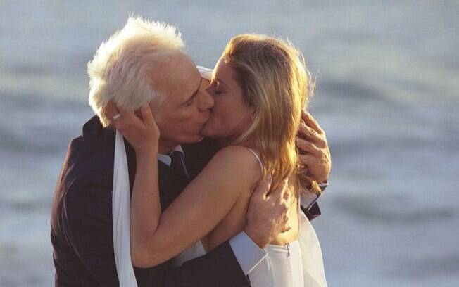 O desfecho romântico de Salviano (Francisco Cuoco) e Laura (Vera Fischer) em