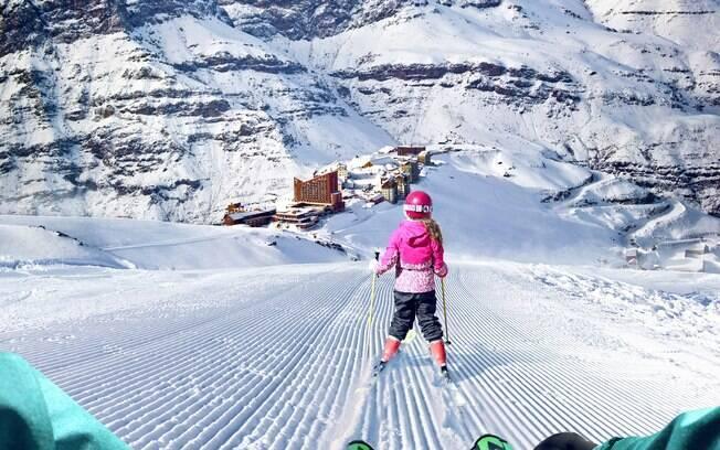 Valle Nevado é um dos lugares para esquiar no Chile bem próximos à capital Santiago