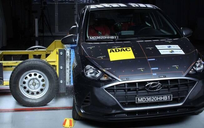 Hyundai HB20, durante os testes de impacto lateral do Latin NCAP