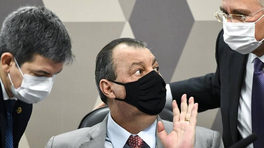 Depoente desta quinta-feira (01) acusa o ex-diretor de Logística do Ministério da Saúde de pedir U$ 1 de propina por dose da vacina AstraZeneca