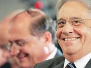 Ex-presidente, que foi beneficiado com um segundo mandato, vai contra o PSDB e diz que é a favor da manutenção da regra eleitoral vigente.