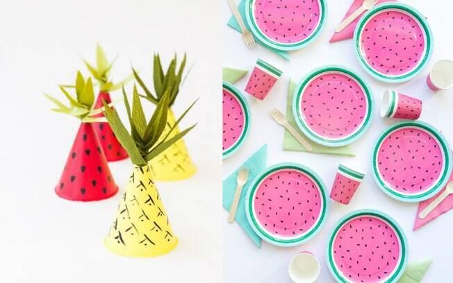 As referências de frutas também podem estar presentes nos chapéus para a hora do parabéns e até nos pratinhos