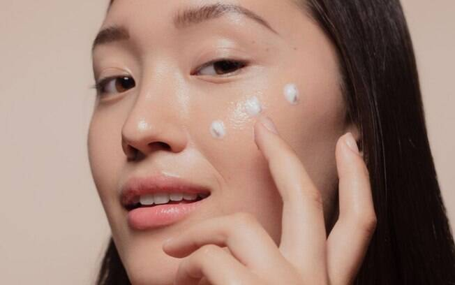 K-beauty: conheça os 10 passos do skincare coreano