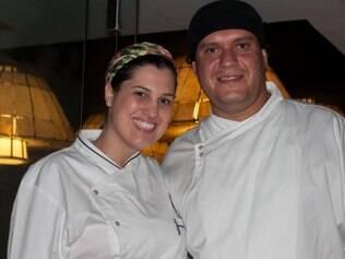 Os chefs Lais Carroza e Marco Túlio Loures assumiram a nova cozinha do Santafé