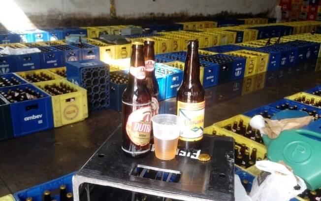 Polcia prende 6 homens por adulterar rtulos de cervejas