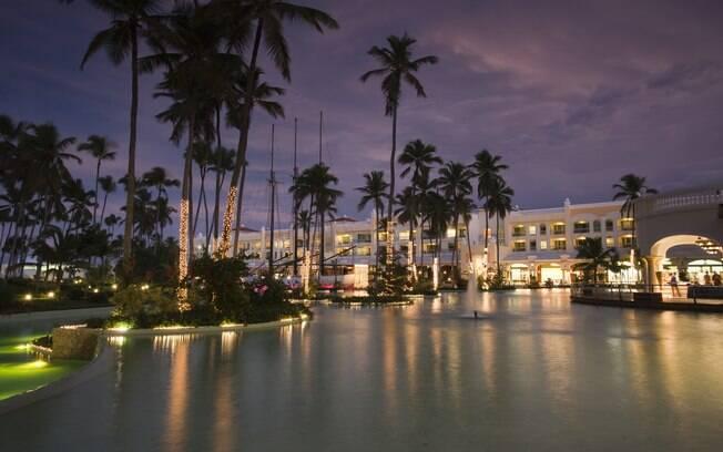 Iberostar Grand Hotel é um dos muitos resorts da praia de Bávaro, na República Dominicana