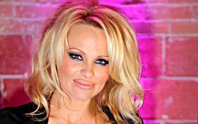 Pamela Anderson: fama para o bem