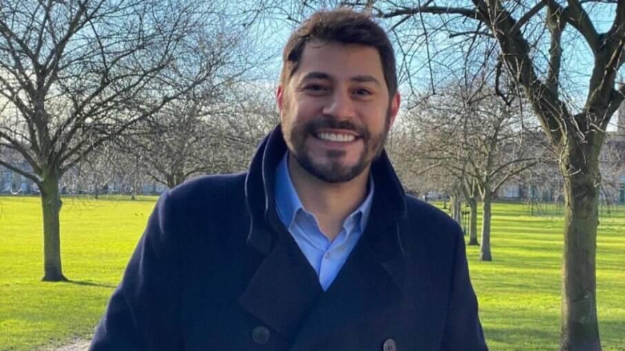 Evaristo Costa desabafa sobre demissão: 'Espero que nunca mais dirijam a mim'
