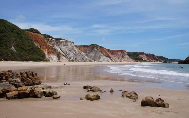 Praia de Tambaba e suas falésias