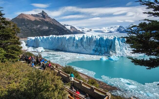 O parque Glaciar Perito Moreno é uma das principais atrações de El Calafate que encanta os turistas