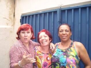 Xuxu (à esquerda), com as amigas Sulamita Esteliam e Eneida Costa