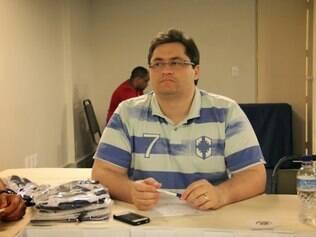 Anúncio do novo chefe da arbitragem mineira aconteceu pouco antes do início do I Simpósio de Aprimoramento dos Árbitros de Elite de Minas Gerais